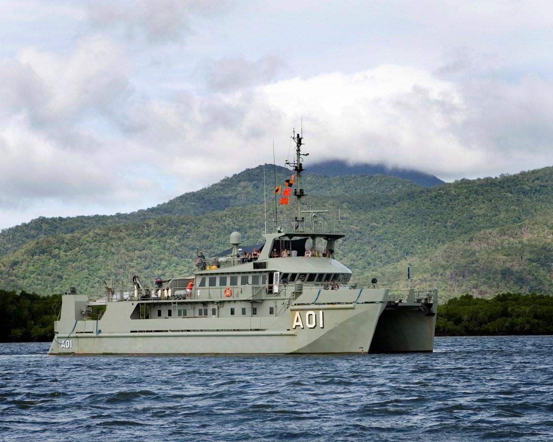 HMAS Paluma 2000