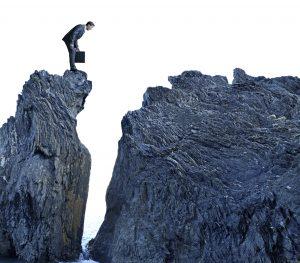 Elites Are Jumping Ship as The Financial Crash Draws Near | BullionBuzz