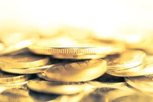 Sam Zell Buys Gold with Inflation 'Reminiscent of The '70s' | BullionBuzz | Nick's Top Six