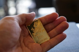 Why You Need to Buy And Hold Gold Now | BullionBuzz | Nick's Top Six