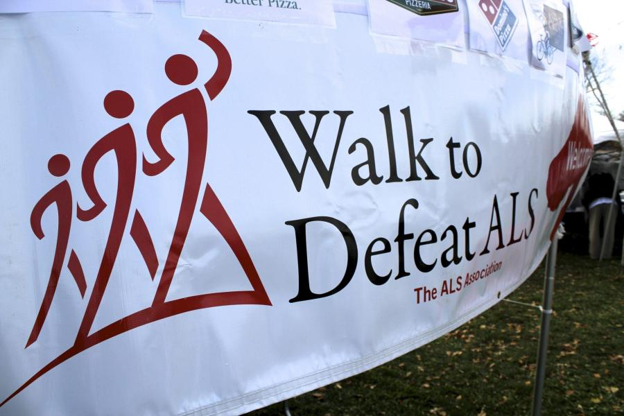 Students+Walk+to+Defeat+ALS
