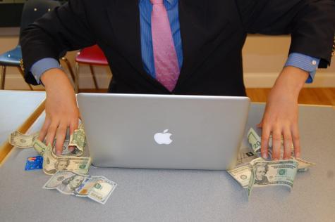 Experts Teach Money Management