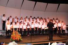 Photo by Jody Weinberg: May Choral performs.