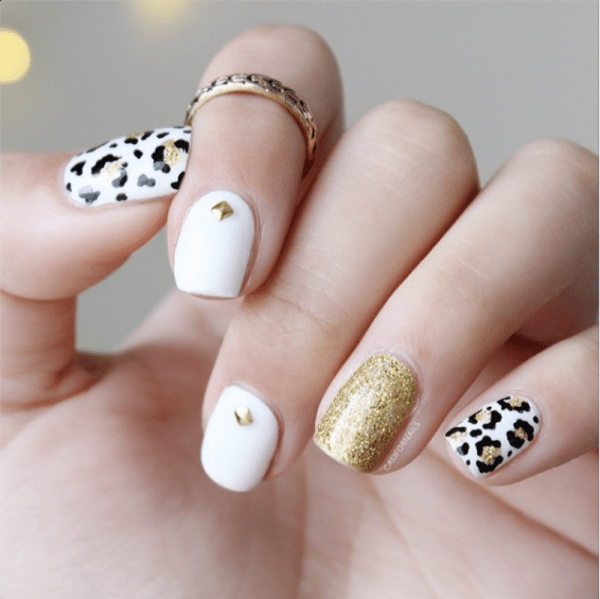 34 Cly Glitzy Gold Stud Nail Arts Be Modish