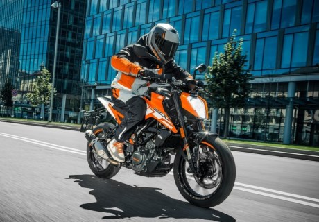 2017-ktm-duke-200-spesification-bmspeed7-com_