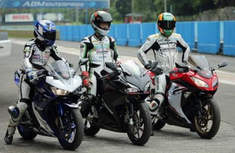 Komparasi CBR250RR Vs Yamaha R25 dan Kawasaki Ninja 250 By Trickstar Jepan Di sirkuit Sentul entul