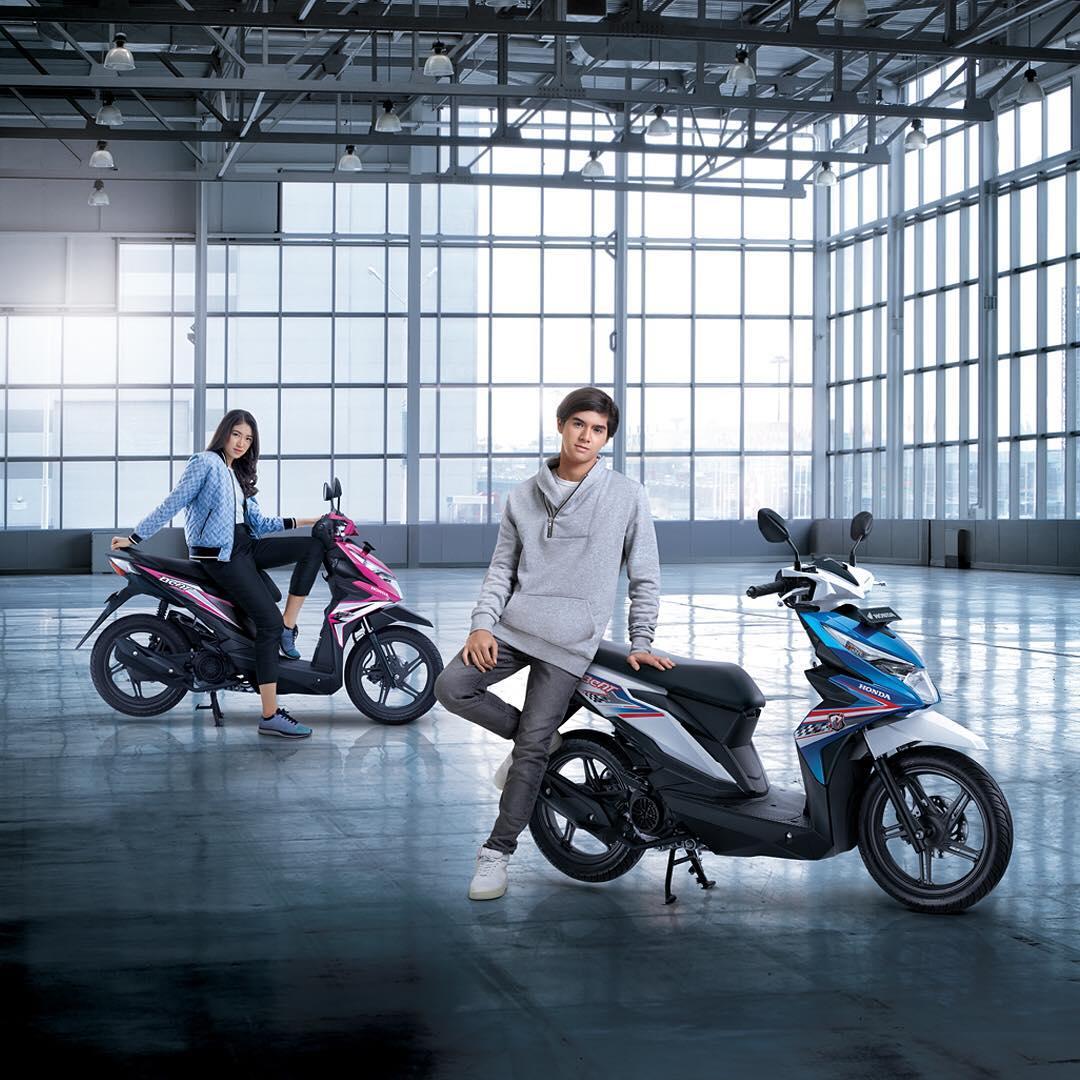 Foto 8 Pilihan Warna Honda BeAT 2018 Terbaru Tipe CW, CBS dan CBS-ISS !!