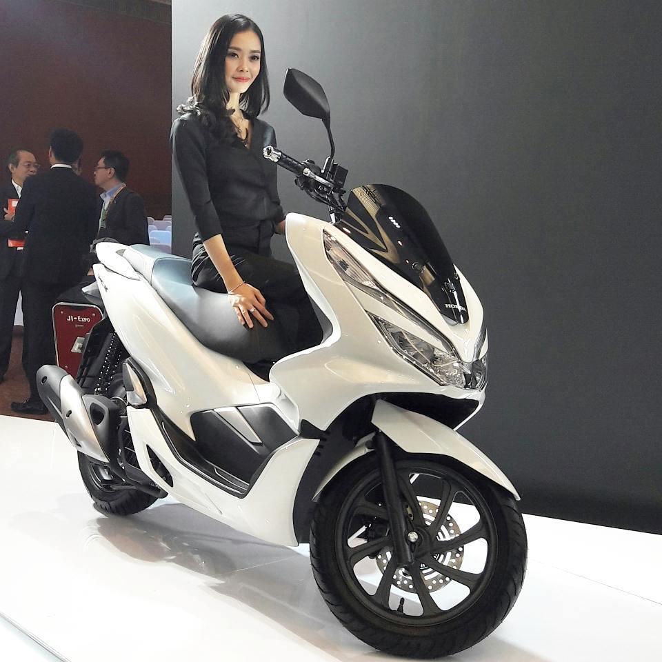 Harga Honda Pcx Terbaru 2018 Di Jawa Tengah Rp 28 Jutaan Ada 4 All New Vario 150 Esp Exclusive Matte Black Kab Semarang Warna Gold Ucccchhh Pict Bondan Priyoadi