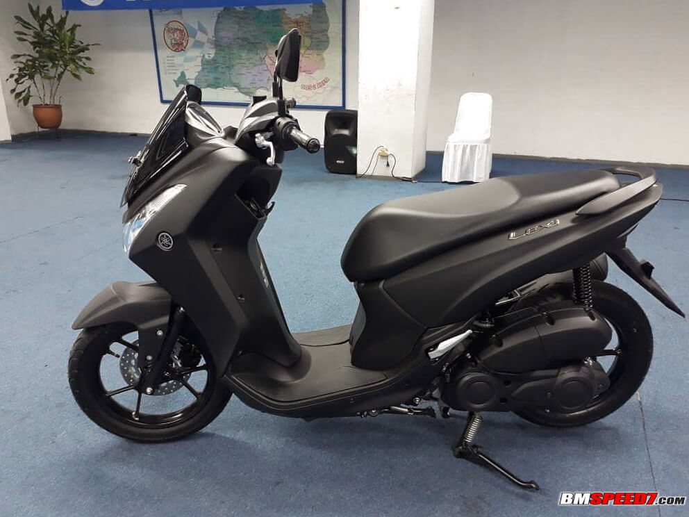 Yamaha Lexi Mengadang Laju Honda Pcx Baru Kumparan Com