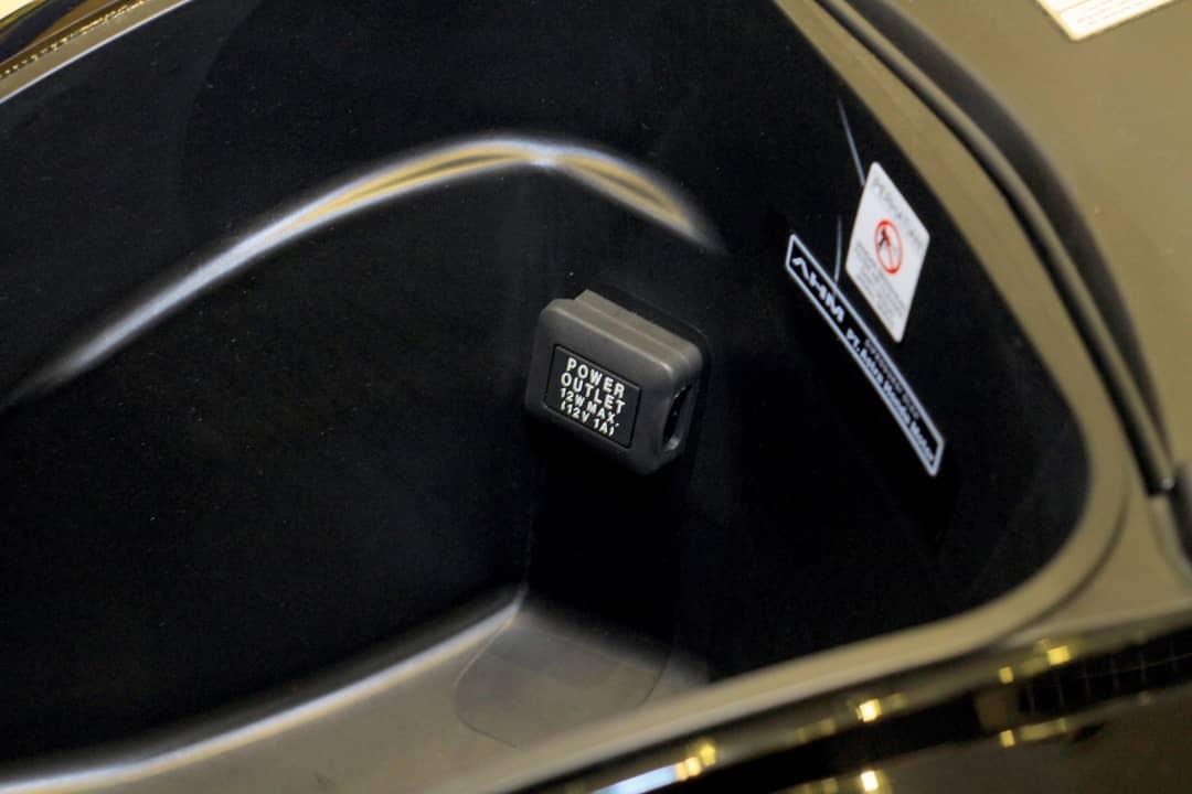 DC Outlet Honda Genio
