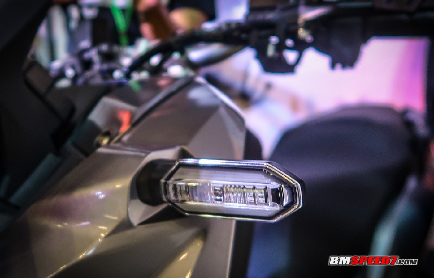 Lampu Sein Depan Honda ADV 150