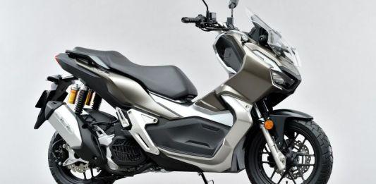 Honda ADV 150 Jepang Silver