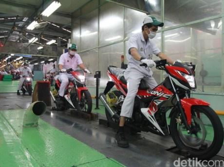 Striping-Baru-Honda-Sonic-150R-2016-Energetic-Red