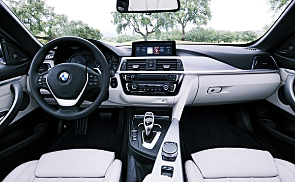 2021 BMW 4 Series Convertible Interior