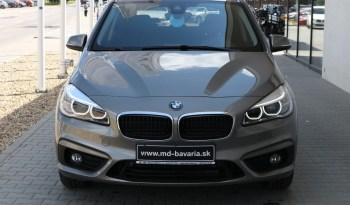 BMW 218d Active Tourer Model Advantage full