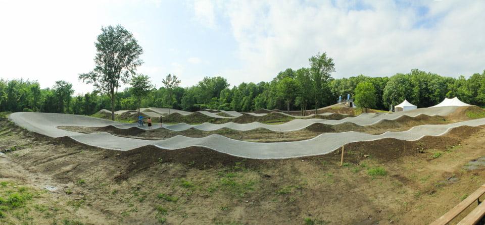 construction de la piste de bmx de coteau du lac pour la coupe du canada et la coupe du québec, fqsc, acc