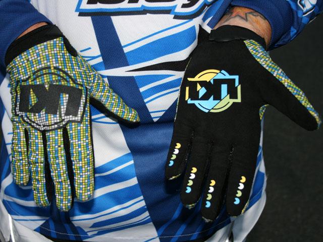 Loose Kid Industries Pacman gloves