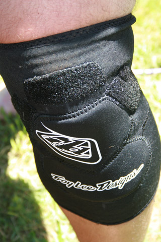 Troy Lee Designs Lopes Signature Kneeguards - inner