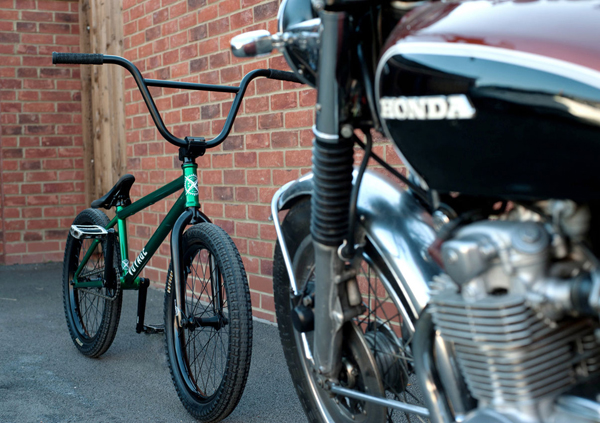 luke-peeters-bike-check-united-voyage-_600x