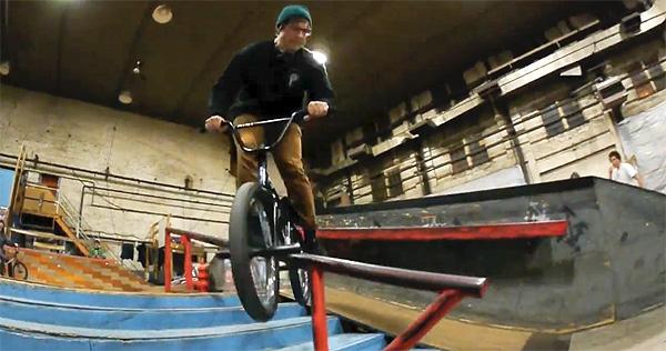 Grant Castelluzzo – Skatepark Quickie