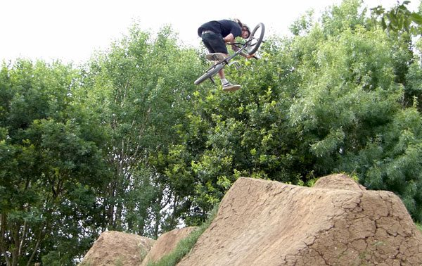 one-foot-table-bmx