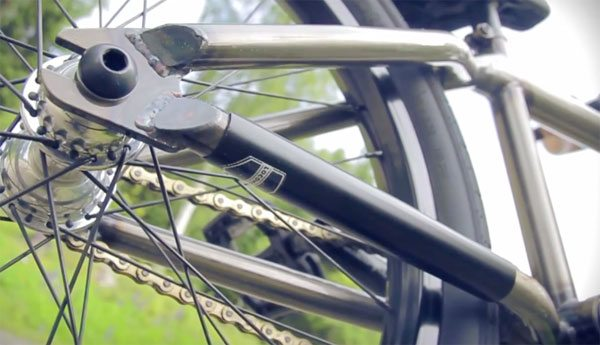 How To – Plastic Chain Stay Guard for $1
