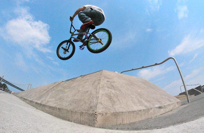 eric-mesta-bmx-bike-check-crankflip-2