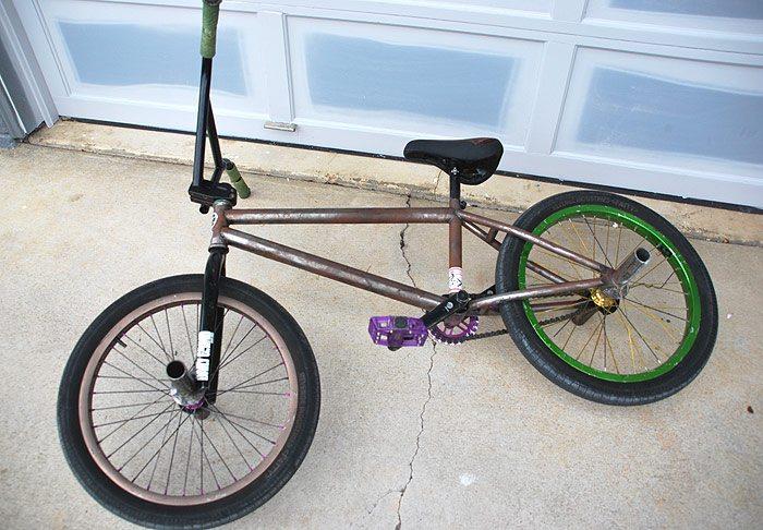 eric-mesta-bmx-bike-check-side