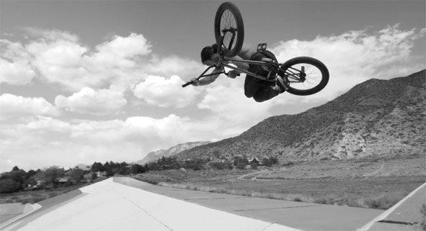 Mutiny Bikes – Synthesis III