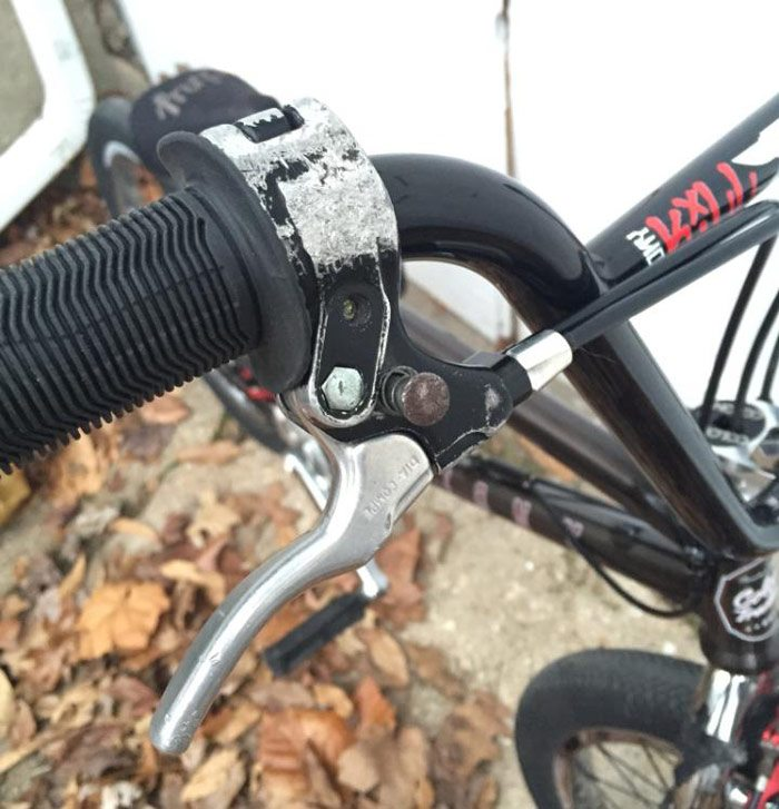 bobbie-altiser-bmx-bike-check-colony-brake-lever