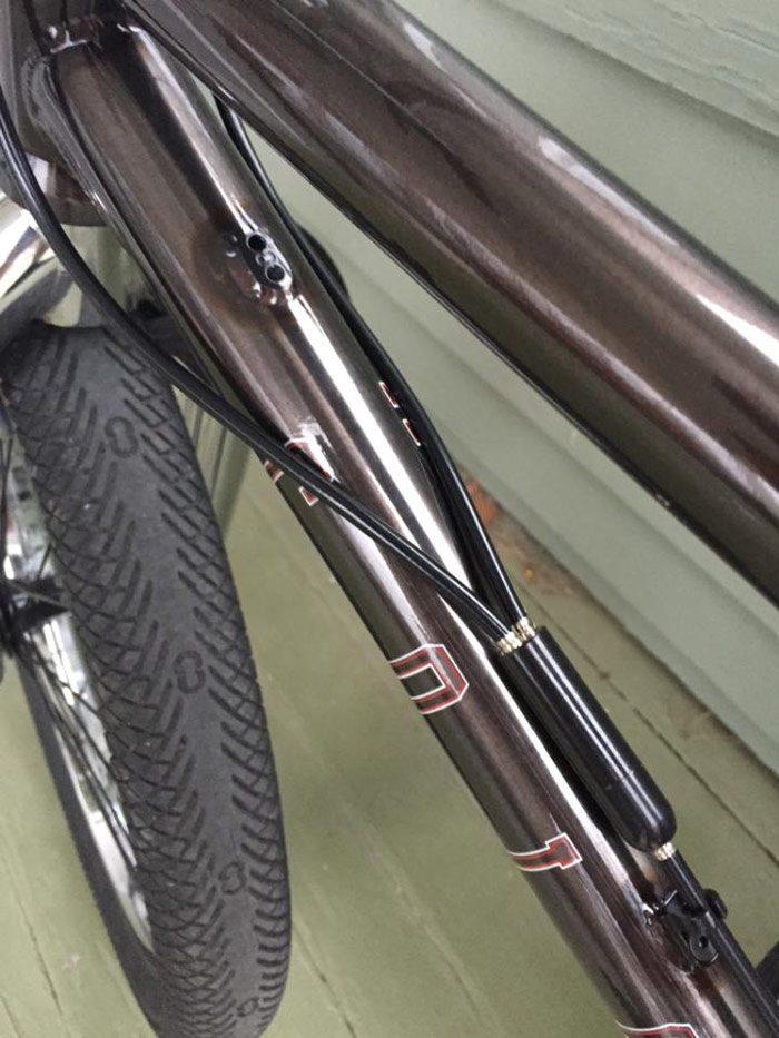 bobbie-altiser-bmx-bike-check-colony-cables
