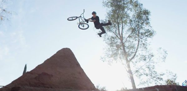 Nitro Circus – Backyard BMX with Legend Stephen Murray