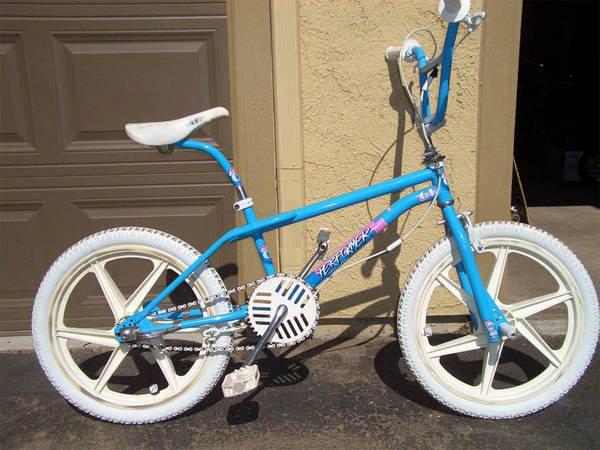 GT-bicycles-1987-performer-bmx-bike