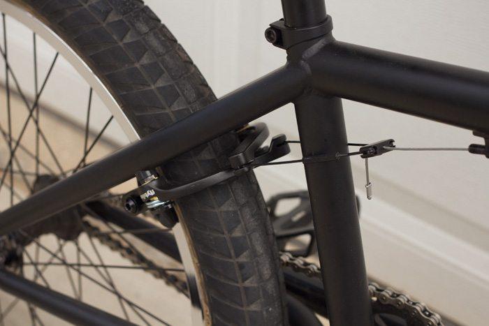 kurt-hohberger-bmx-bike-check-flybikes-geo-2016-brakes