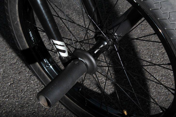 dan-coller-bmx-bike-check-front-wheel