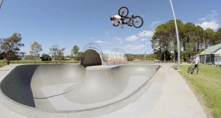 Mutiny Bikes – Dylan Lewis Death Grip Frame Promo