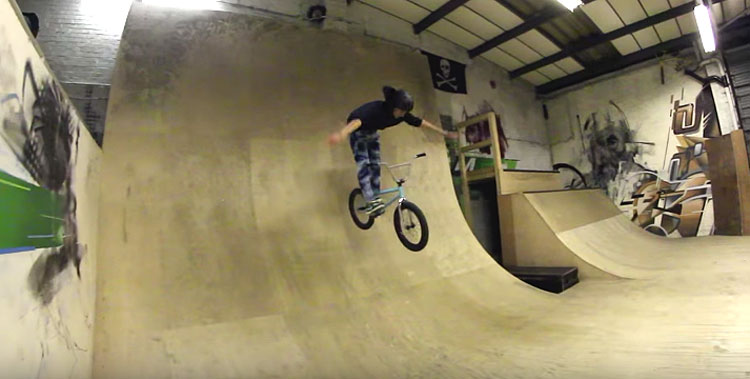 Kaine Mitchell Goes Chainless