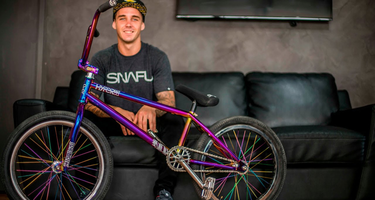 Hyper BMX - Logan Martin In The Hot Seat