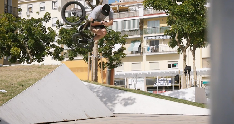 Dan Foley – BMX Loves Malaga