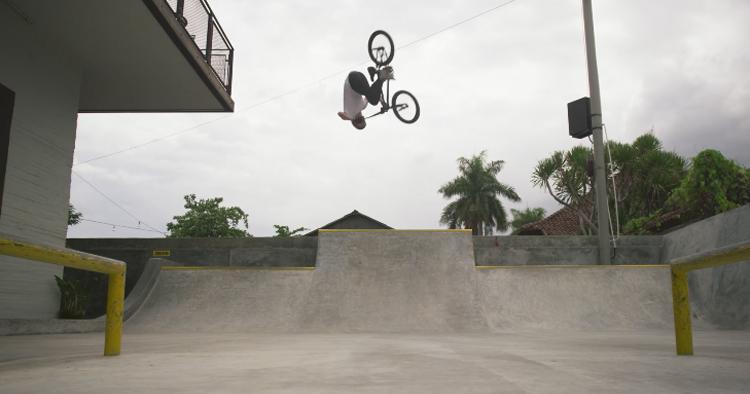 Daniel Wedemeijer Bali Bowls BMX video