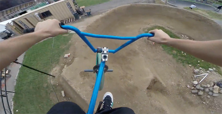 Billy Perry – Amazing Dirt Jumps In New York City