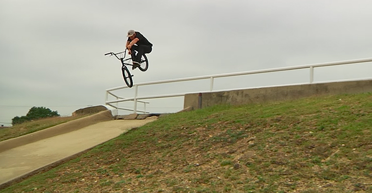 Kink BMX - Saturday Selects: Darryl Tocco Titan Video Raw