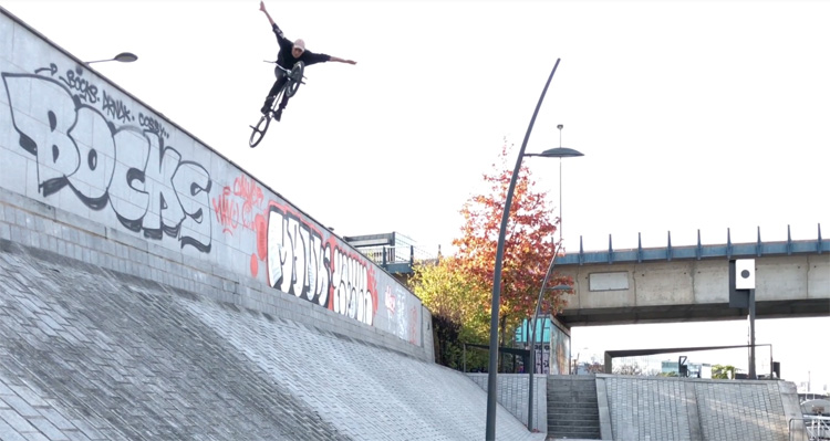 Sosh Urban Motion 2017 – Tyler Fernengel  and Rich Forne (1st Place)