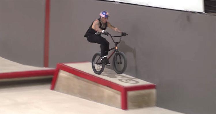 Kriss Kyle Woodward Rivierea BMX video