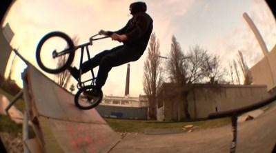 DSK DIY Spot BMX video