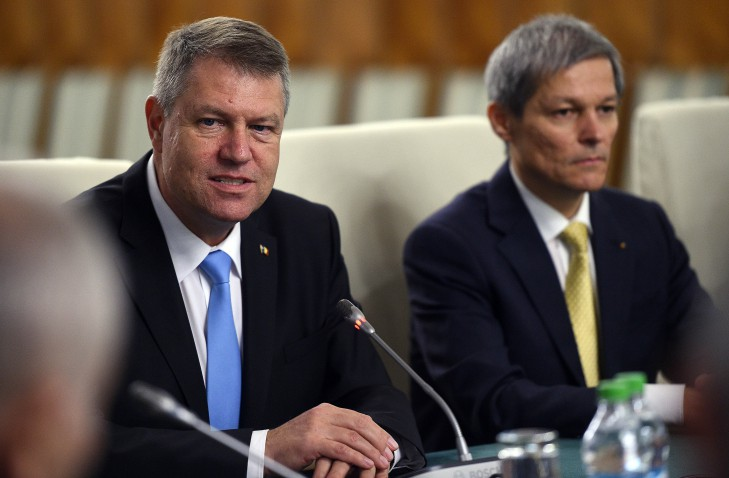 Image result for IOHANNIS ,CIOLOS POZE