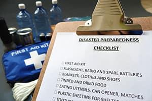 Экстренная эвакуация из дома: Какие вещи и снаряжение брать с собой