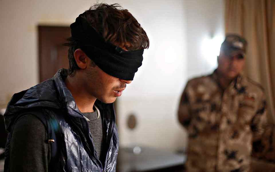 Военнопленные и беженцы: Выжить на допросе. Часть 4. Методы допроса и психологического давления.