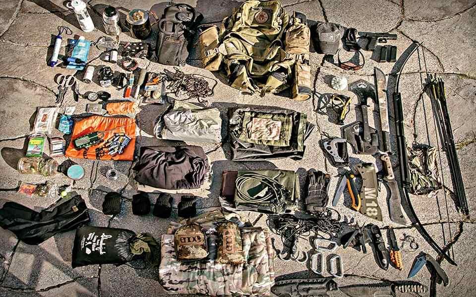 37 вещей, которые вы наверняка забыли положить в рюкзак для экстренной эвакуации