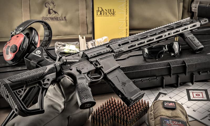 Daniel Defense AR-15 DDM4 V7 - Лучшее огнестрельное оружие для выживания и самообороны - Топ-5 «пушек» для различных ситуаций